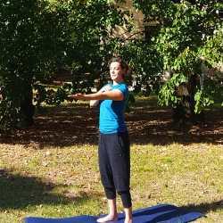 KenZen Shiatsu Lyon - Do In : Etirement sur les méridiens yin des bras