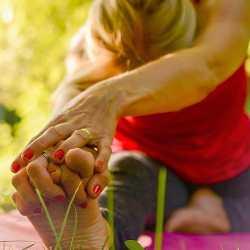KenZen Shiatsu Lyon - Yoga, étirement lombaire et jambe